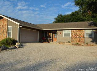 1476 Lakeview Dr , Canyon Lake TX