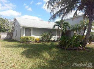 8401 NW 50th St , Lauderhill FL