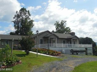 50 Palmer Dr, Harpers Ferry, WV 25425