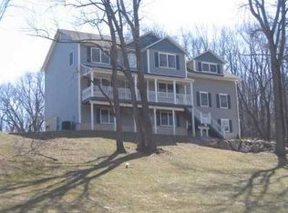 11 Briarcliff Ct , New Hampton NY