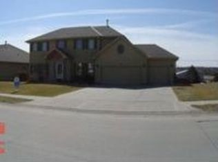 403 Pheasant Run Ln , Papillion NE