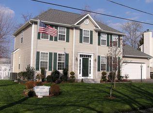 1532 Wakefield Rd , Edgewater MD