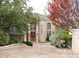 107 Hazeltine Ct , Lakeway TX