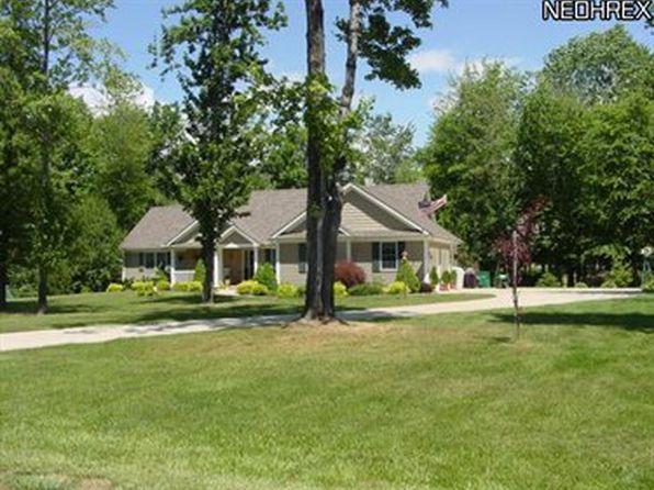 7350 Kingsboro Dr, Conneaut, OH