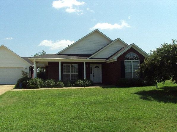 163 Garden Terrace Dr, Oxford, MS