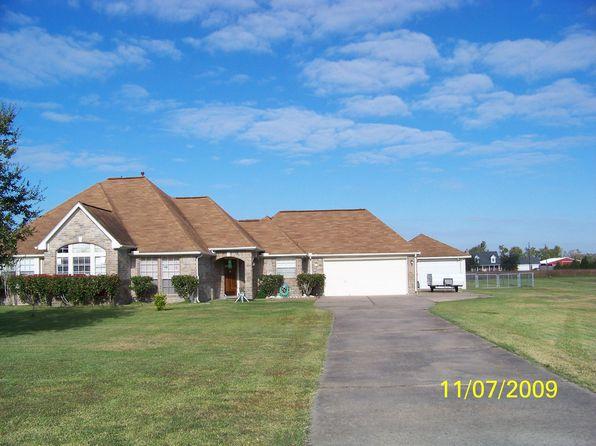 1334 County Road 634, Alvin, TX