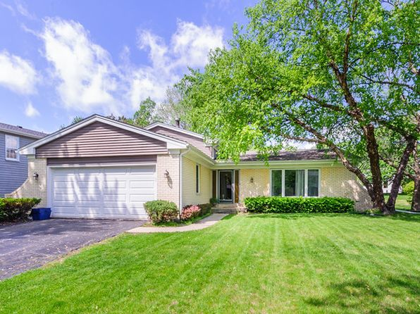 4120 W End Rd, Downers Grove, IL