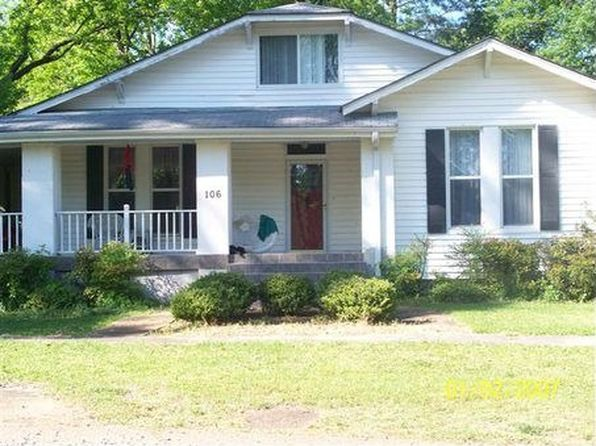 106 S Court St, Water Valley, MS