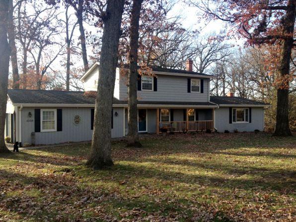 4258 Oak Leaf Ln NE, Iowa City, IA