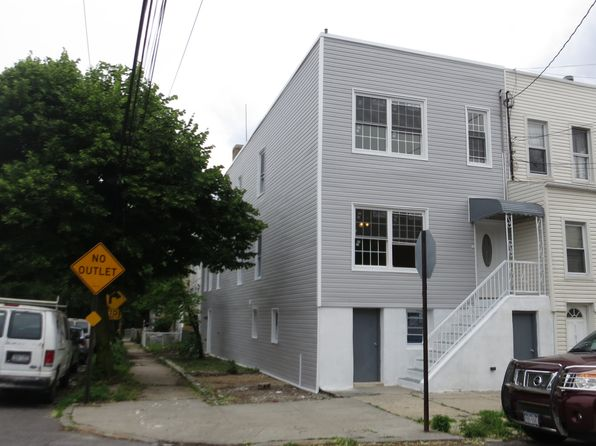 House For Sale Pelham Bay Real Estate Pelham Bay New York Homes For Sale Zillow
