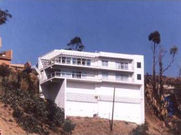 8576 Cole Crest Dr, Los Angeles, CA