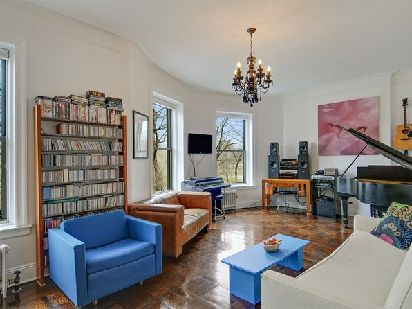 418 Central Park W APT 27, New York, NY