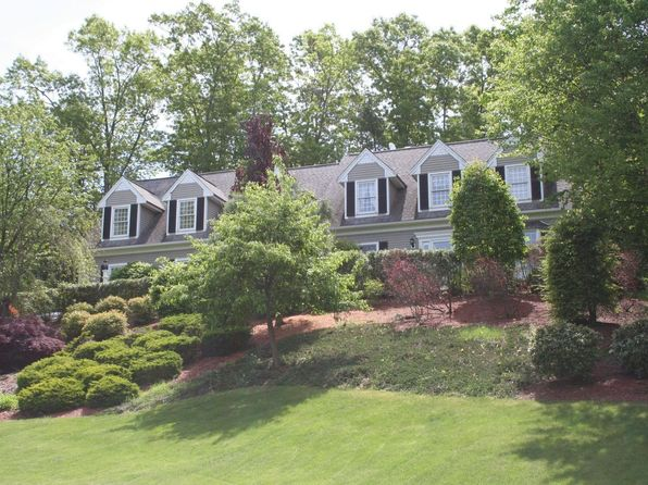 3 Kimball Hill Dr, Haverhill, MA