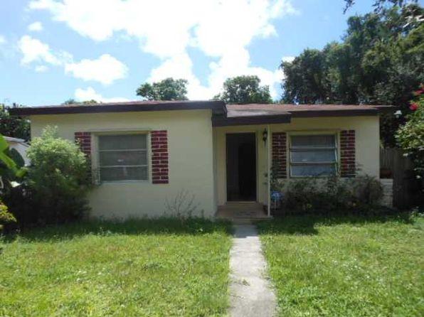 620 NE 131st St, North Miami, FL