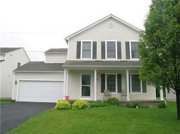 8599 Smokey Hollow Dr, Lewis Center, OH