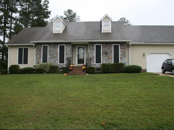 7709 Gaelic Dr, Fayetteville, NC