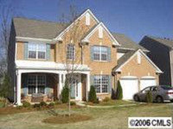9221 Linden Tree Ln, Charlotte, NC