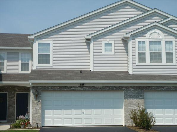 3281 Ronan Dr, Lake In The Hills, IL