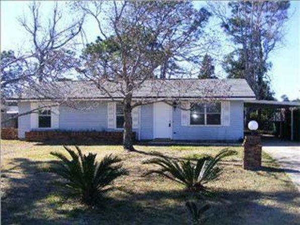 310 Woodland Ave, Mary Esther, FL