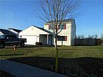 1104 Fox Trace Dr, Anderson, IN