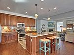 98 Franciscan Dr, Daly City, CA