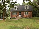 233 Old Hopewell Rd, Wappingers Falls, NY