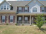 8602 Harper Dr, Waynesboro, PA