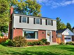 2550 N 93rd St, Wauwatosa, WI