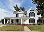 200 E 2nd St, Kenly, NC