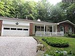 2258 Berrywood Dr, Akron, OH