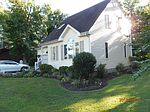 1688 Shane Rd, Gloucester Point, VA