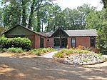 217 Sherwood Dr, Thomasville, GA