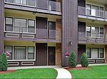 9620 W Higgins Rd APT 2G, Rosemont, IL