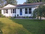 14 Griswold Cir , Granby, MA 01033