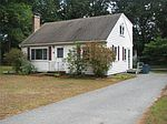 4 Lillian Rd , Westford, MA 01886