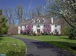 45 Harrison Dr, Newtown Square, PA