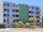 5818 Whitsett Ave # 202, Valley Village, CA