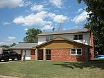 3316 Fairway Dr, Moore, OK