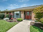 3453 Webb Garden Dr, Dallas, TX