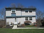 2642 Fox Chase Ct, Bridgeville, PA