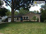 7813 Terrace St , Kansas City, MO 64114