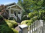 2541 8th Ave W, Seattle, WA
