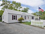 247 School St, North Kingstown, RI