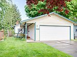 140 E Fairfield St, Gladstone, OR