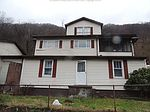 139 Oakland Ave, Smithers, WV