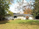 S62W23240 Townline Rd, Waukesha, WI