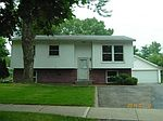 214 Belmont Cir, Madison, WI