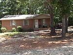 135 Woods Dr, Milledgeville, GA
