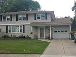50 Sweetwood Dr, Amherst, NY
