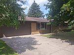 4300 Kingmont Dr, Shelby Township, MI